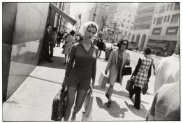 garry winogrand street photography 10