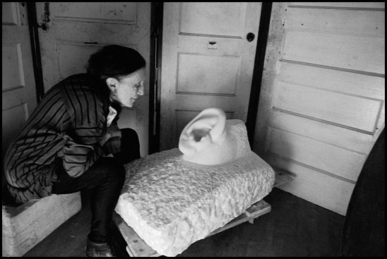USA. NYC. 1991. Louise BOURGEOIS (FRA), sculptor.