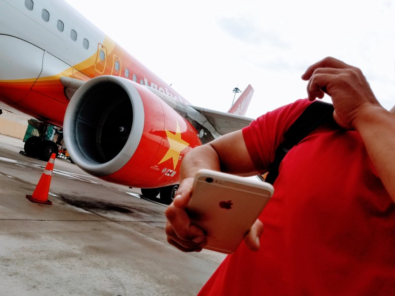 Flight from Saigon to Singapore, 2018