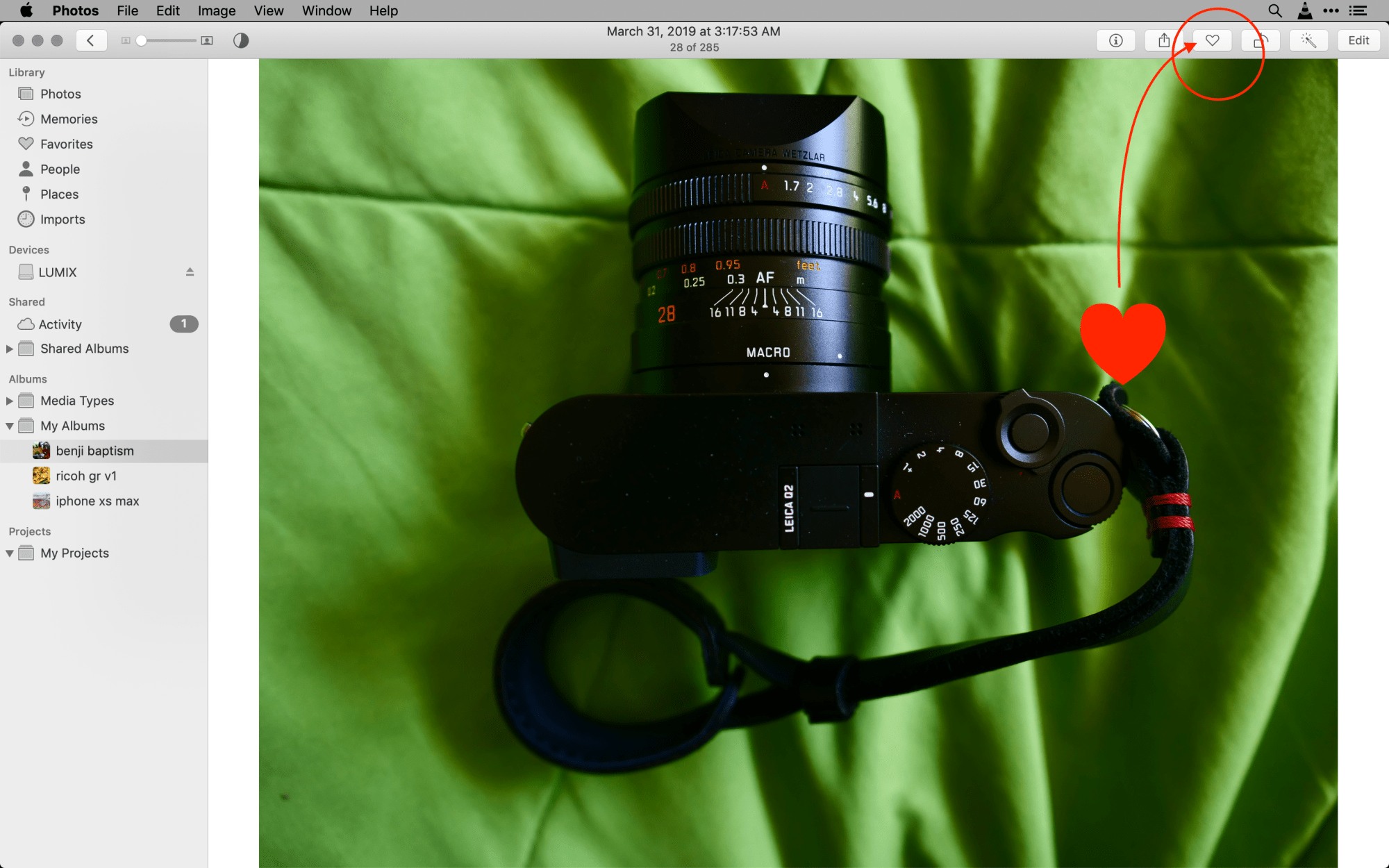 How to flag (favorite) photos in Photos