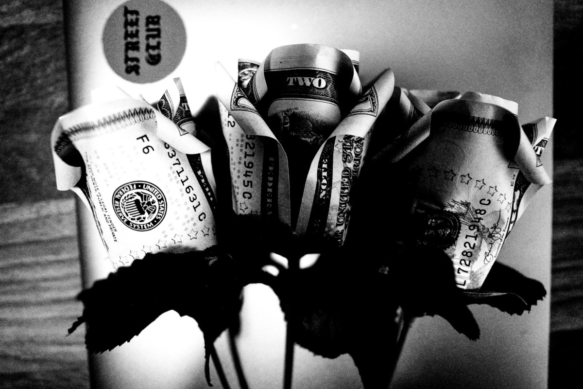 money dollar roses