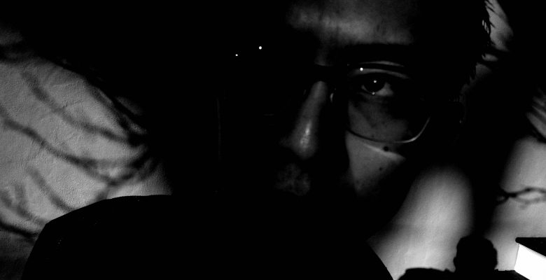 selfie black dark