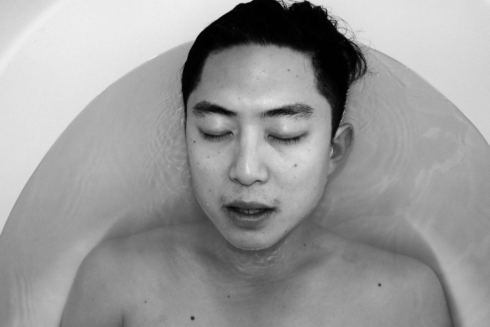 selfie ERIC KIM memento mori bath tub