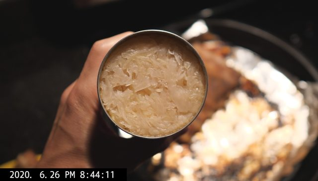 canned sauerkraut