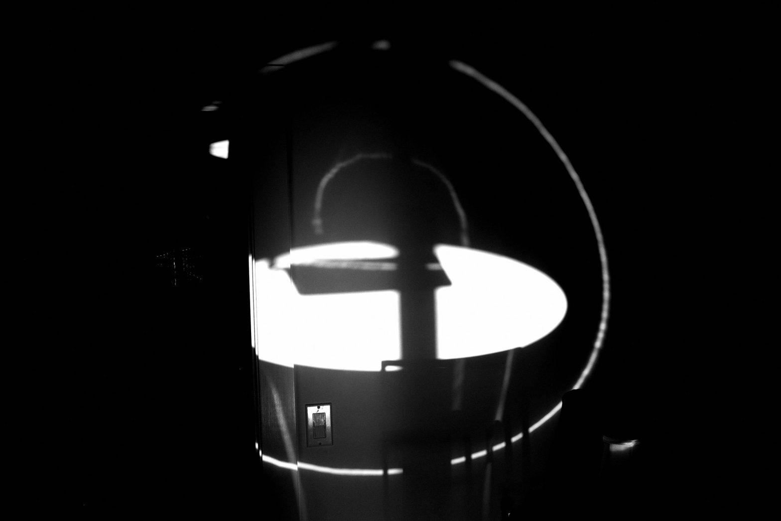 EK065701 abstract black and white ricoh