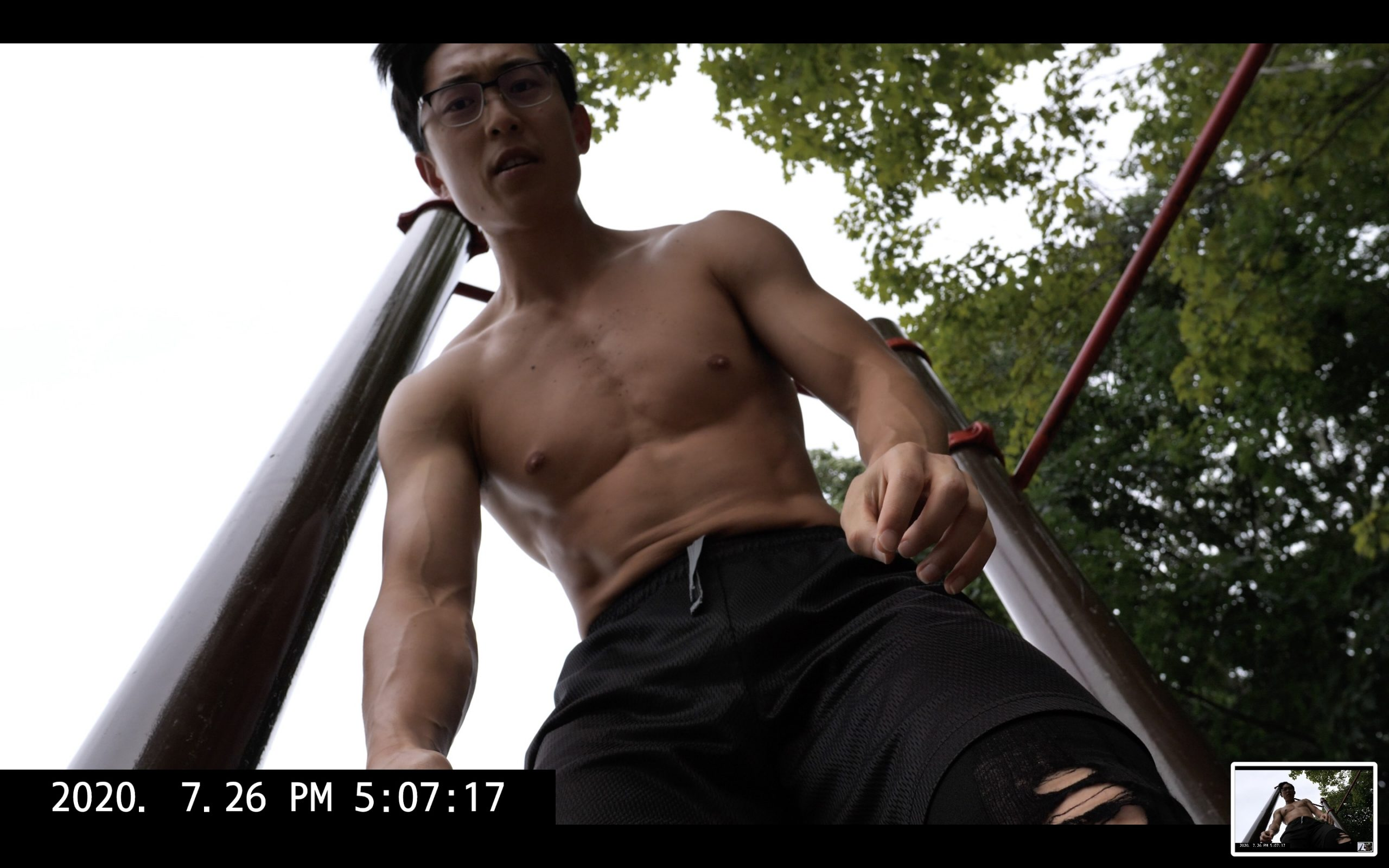 selfie ERIC KIM muscle park