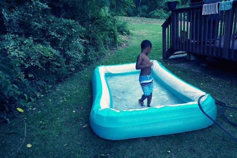 Twist pool anabe kid pool photography