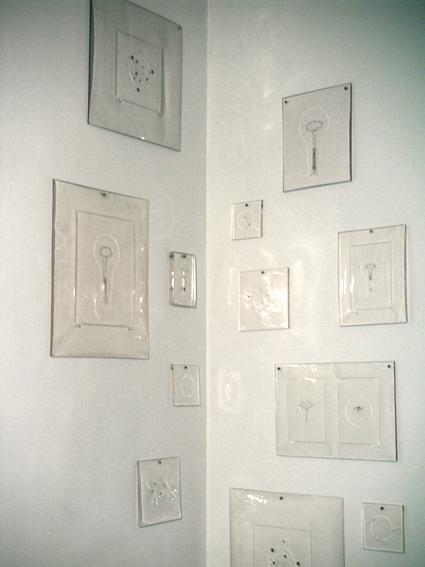 © Eric Le Maire, résine, ampoule, insecte, lumière