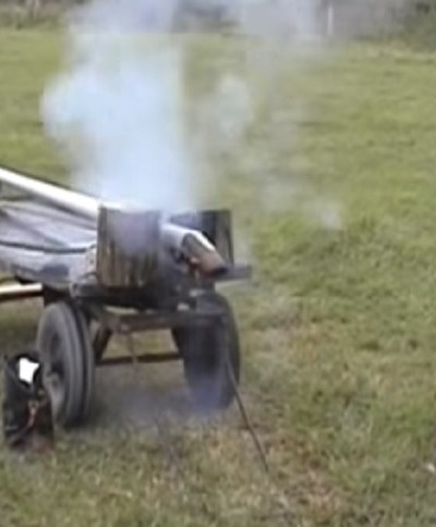 FUN WITH MONSTROUSLY SIZED PUNT GUNS (VIDEO)