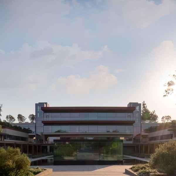 Claremont McKenna College Kravis Center - LA County - Rafael Vinoly