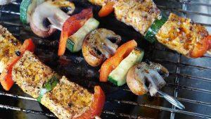 Cuisiner de la viande au barbecue l'été