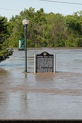 flooding in Cedar Falls Iowa