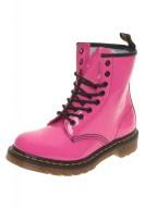 2-botas-moteras-dr-martens-en-color-rosa-de-charol-706x1024