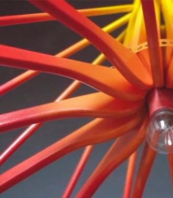 Luminária de Cabides by Erika Karpuk
