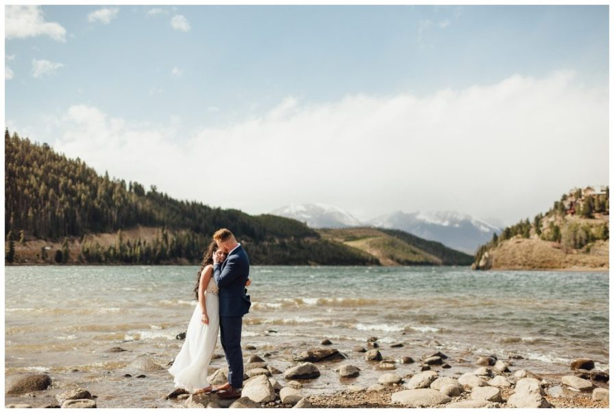 Windy elopement at Dillon Reservoir