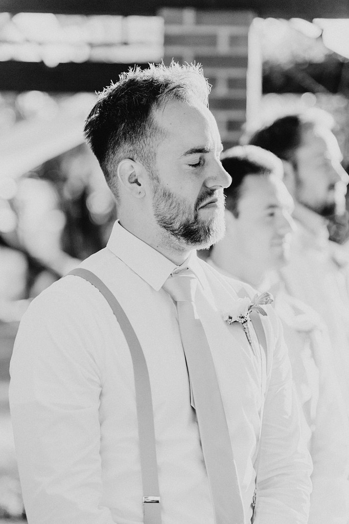 Groom's first reaction, first look, first reaction