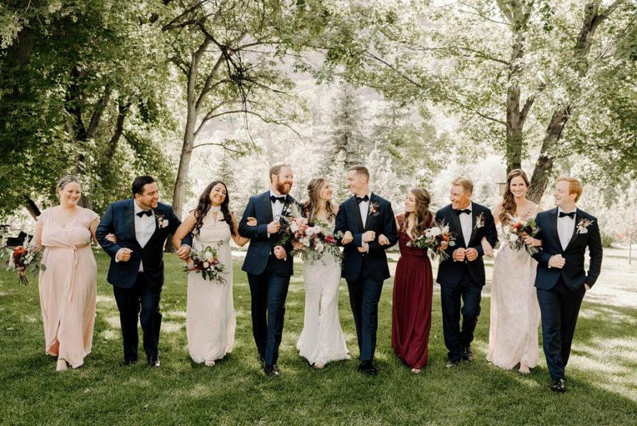 fun wedding party photos at this River Bend summer wedding