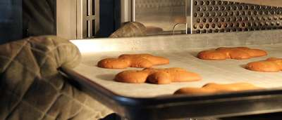 Convection Ovens Vs. Deck Ovens