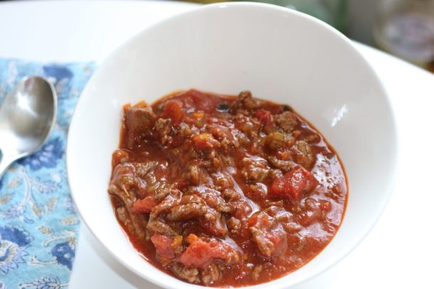 Low FODMAP Chili } erikasglutenfreekitchen.com