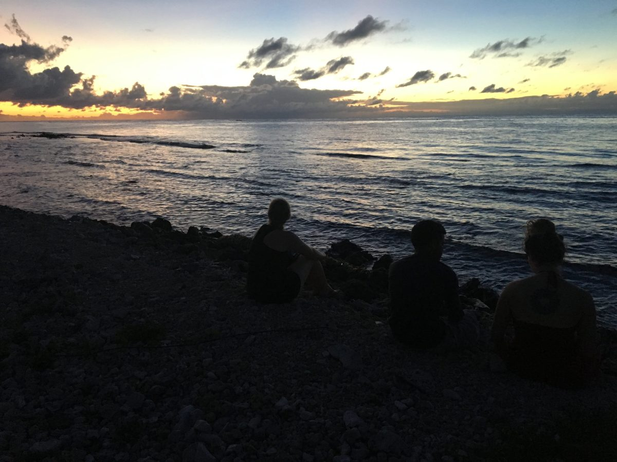 Utila - Sunrise on the Beach PIC: EF