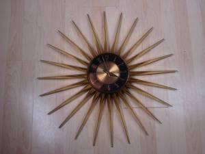 Elgin Starburst Clock