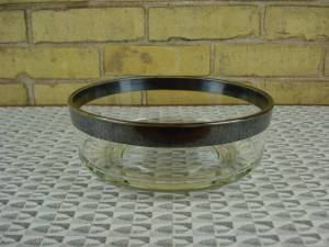 Dorothy Thorpe bowl