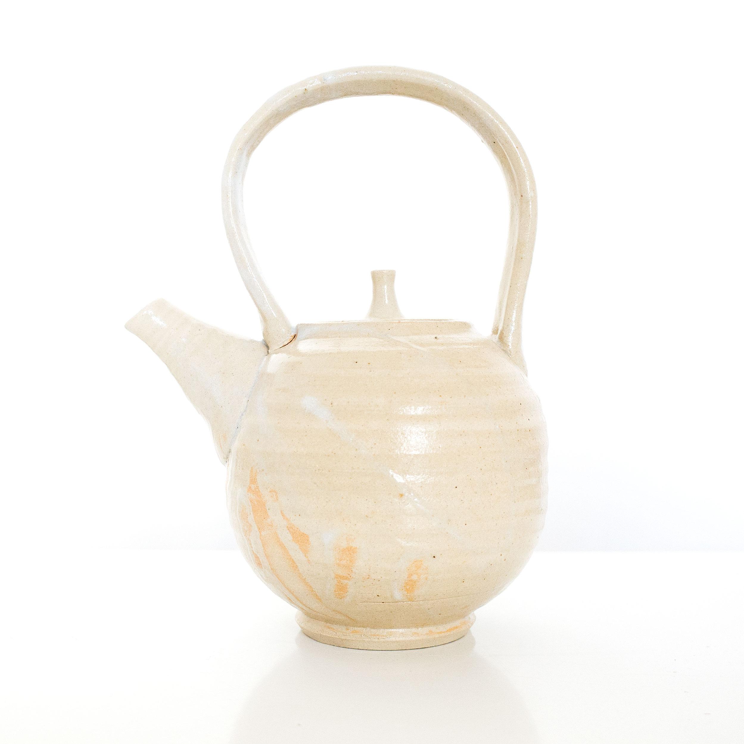 Handmade ceramic teapot by Erik Haugsby Pottery