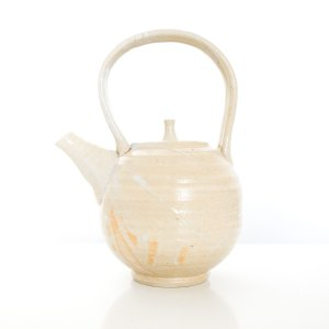 Handmade ceramic teapot by Erik Haugsby Pottery