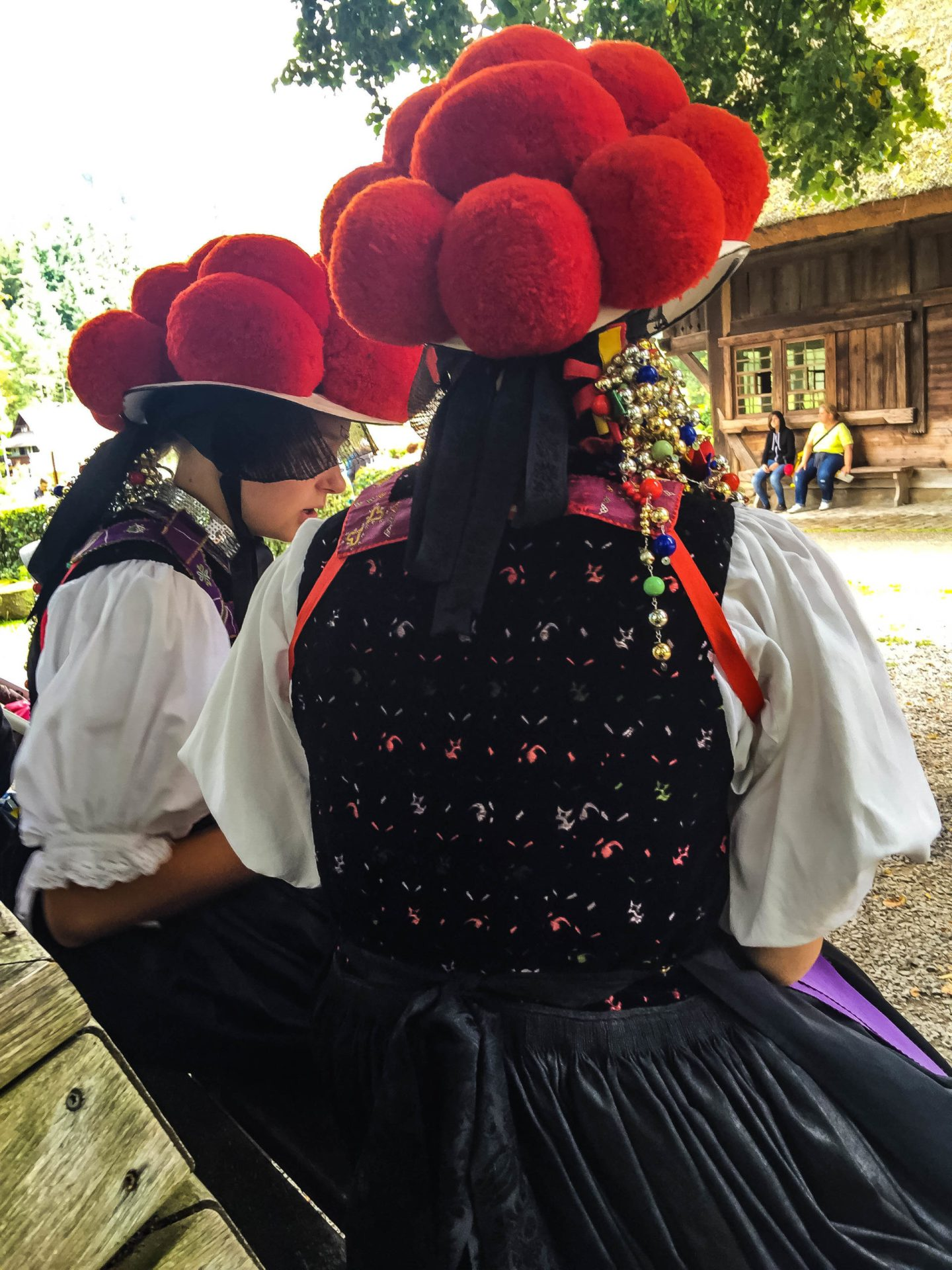 <em>Museum staff in the traditional clothes of the Black Forest. </em>