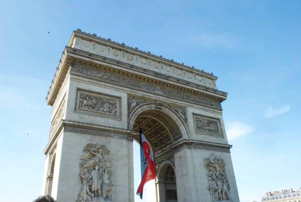 paris with kids – arc de triomphe2