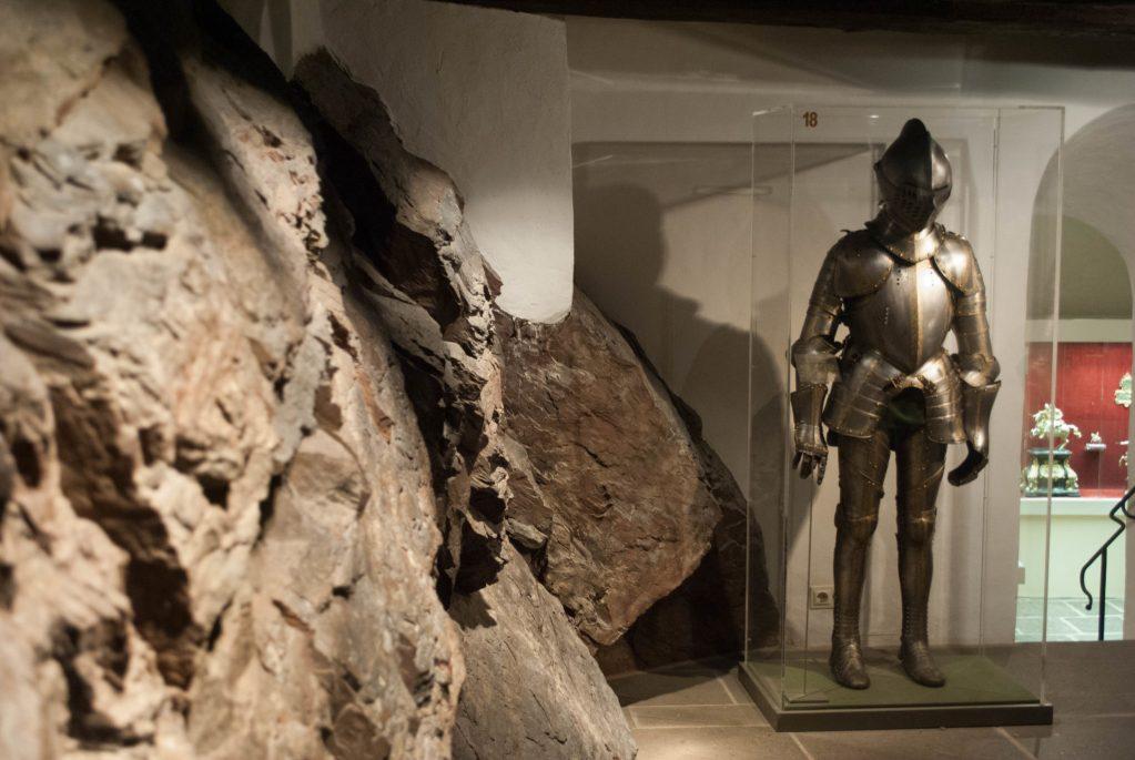 Burg Eltz treasury armor