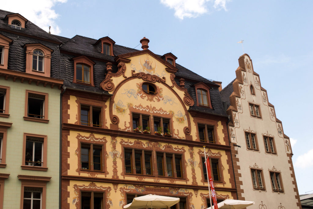 Mainz Marktplatz - beautiful building decoration