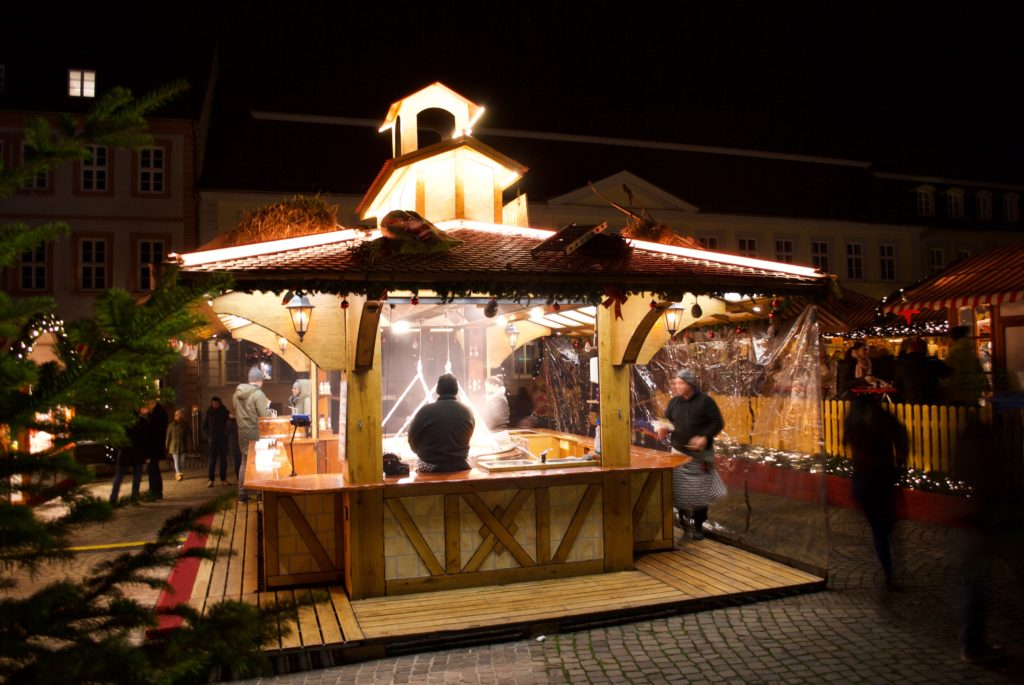 Yum! You can smell these fire-grilled wurst stands all over the markets.