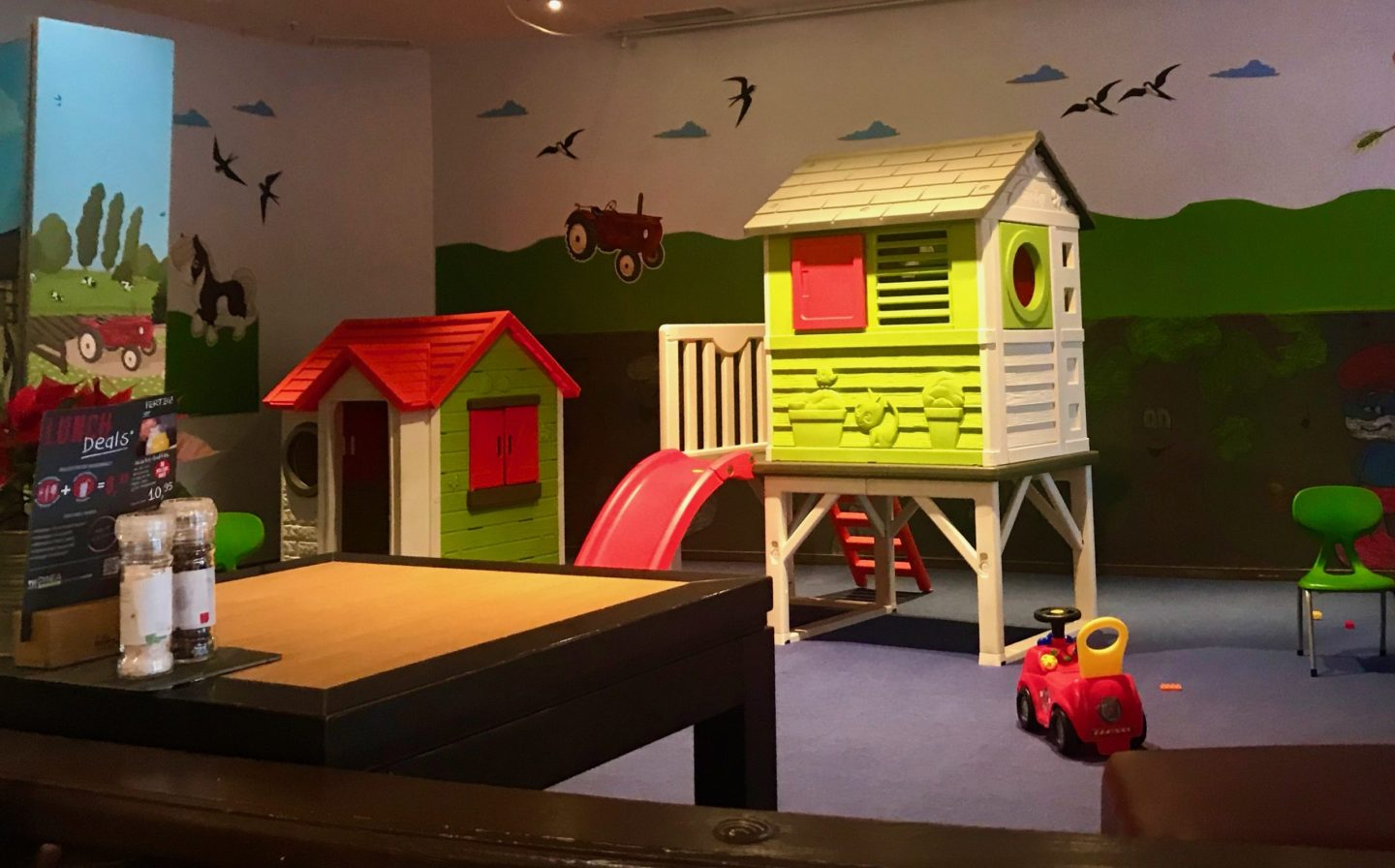 Play area in the Galeria Kaufhof restaurant