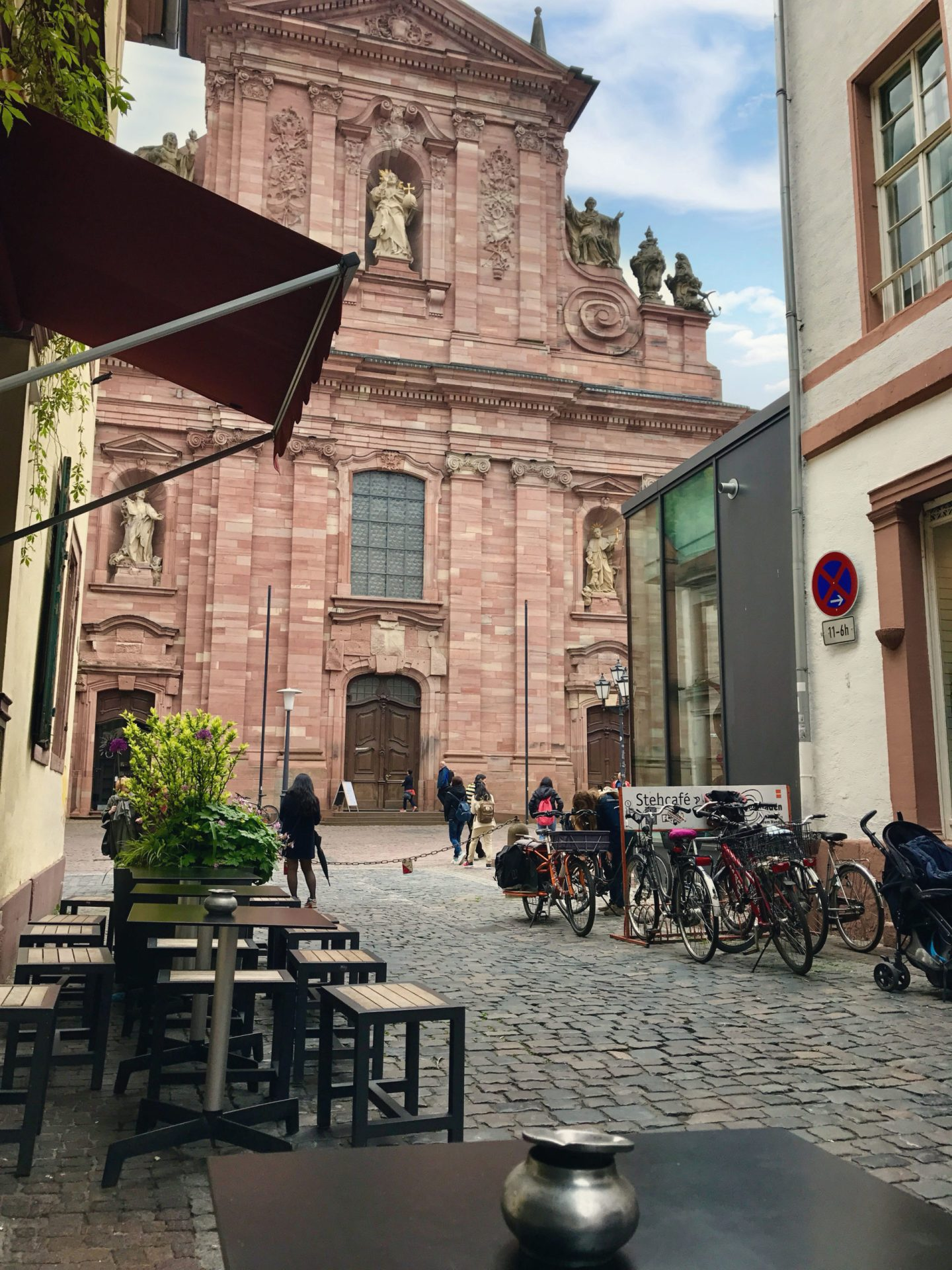 Is this not the best view ever? Sitting outside Mahmoud's in the Altstadt