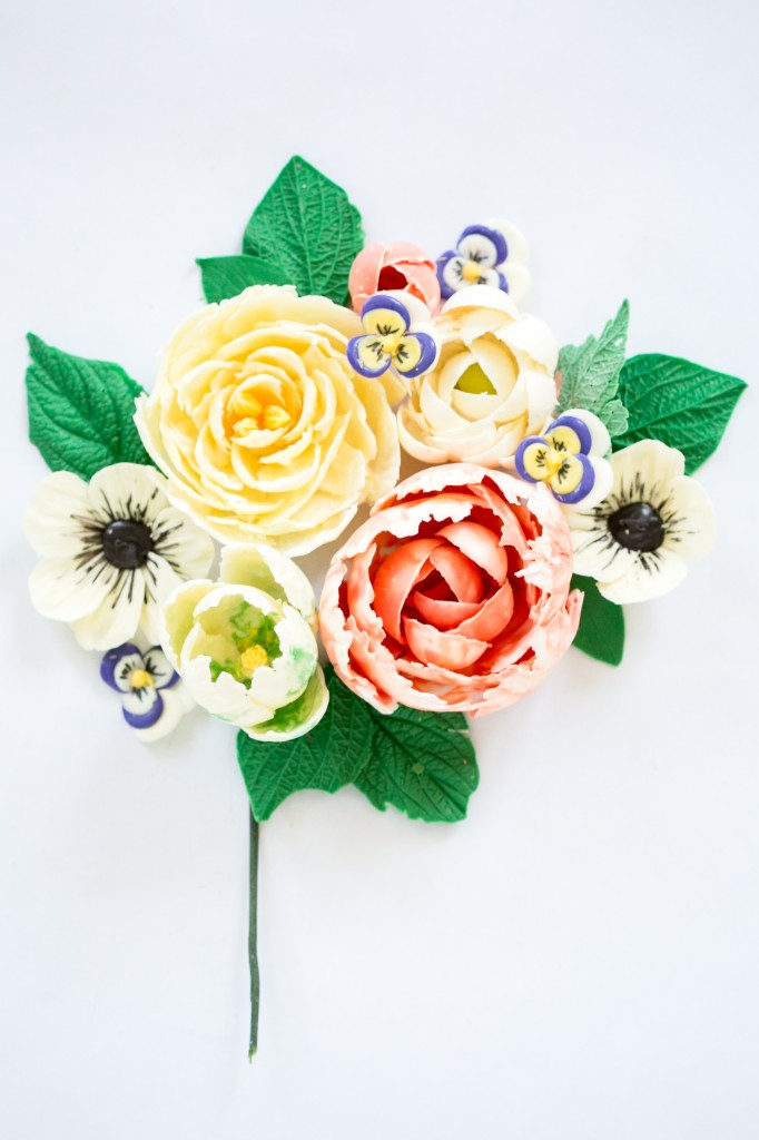 My latest Craftsy class! Delicious Decorations: Chocolate Flowers