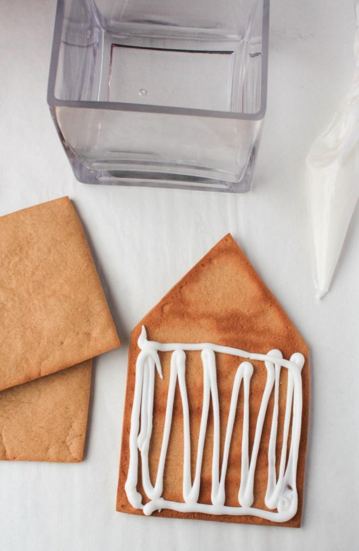 How to Make a Gingerbread Vase   Erin Gardner