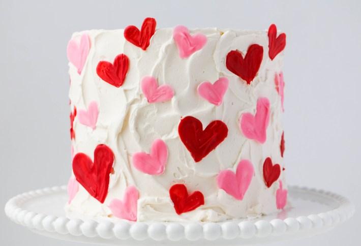 Easy Valentine Heart Cake | ErinBakes.com