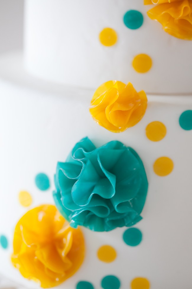 How to Tun Fruit Roll-Ups Into Fun Cake Flower Puffs | Erin Gardner | Erin Bakes
