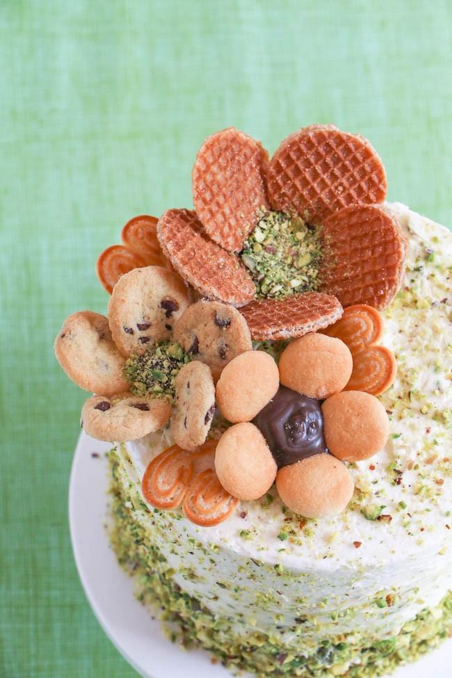 Cooke Flowers on a Cake | Erin Gardner | Erin Bakes