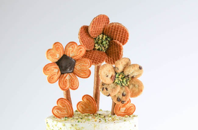 Cookie flowers on stems. | Erin Gardner | Erin Bakes