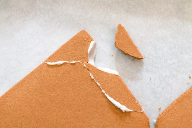 Fixing Broken Gingerbread Panels | Erin Gardner | Erin Bakes