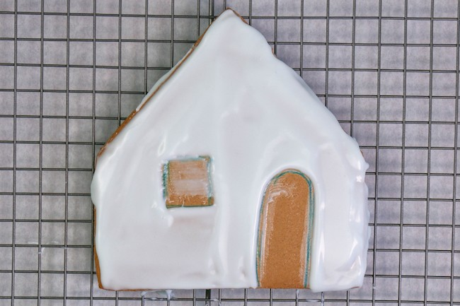 Icing Gingerbread House Panels | Erin Gardner | Erin Bakes