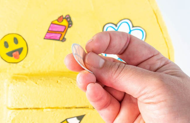 Peeling the Back off of a Sugar Sheet Patch | Erin Gardner | Erin Bakes