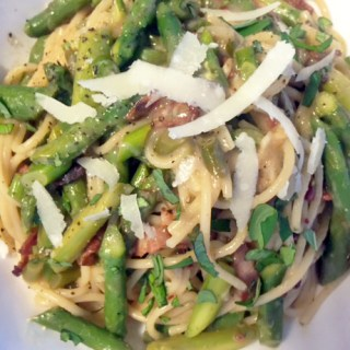 Being a Dietitian + Lemon Pepper Asparagus Pasta Recipe
