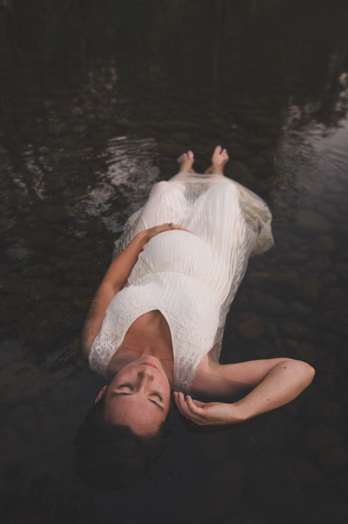 Maternity photo of a pregnant woman by the Seattle Maternity Photographer