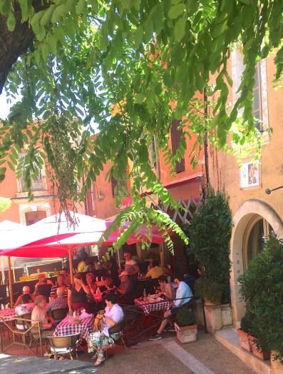 Saturday. Cafe scene