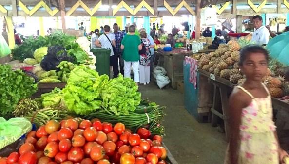 Monday Fiji. Savusavu Markets