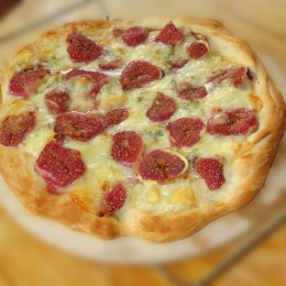 Fig Gorgonzola Pizza