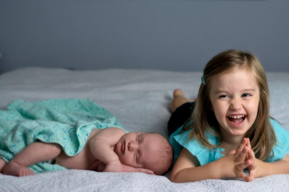 Sibling Poses with Newborn, Washington DC Newborn Photographer